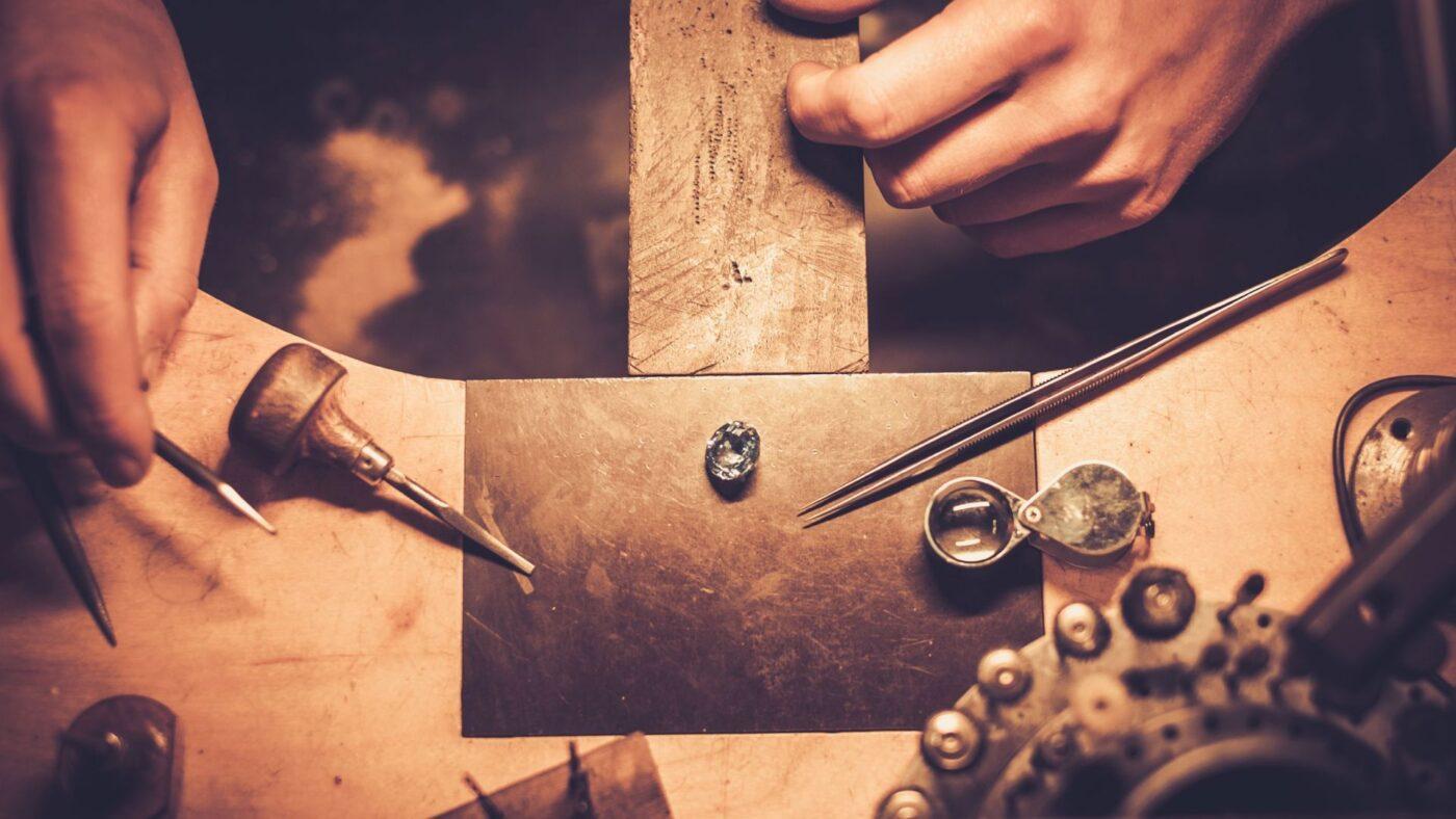 Atlanta area jeweler making custom earrings